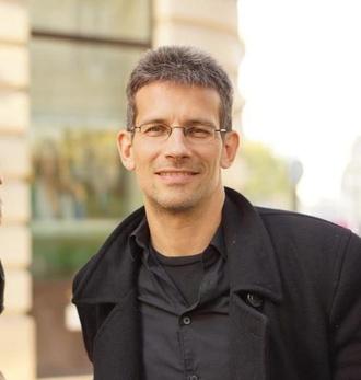 Prof. Dr. Eric Strobl